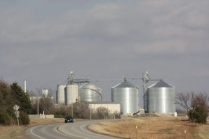 grain bin contractor garnett ks